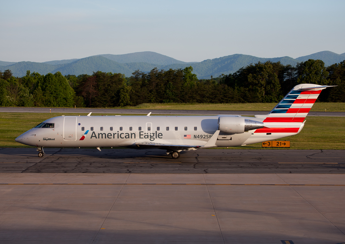 american airlines charlottesville albemarle airport